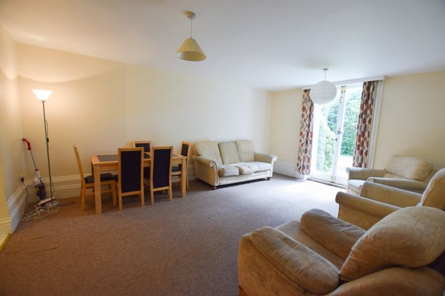 Thumbnail Flat to rent in Stirling Court, 28 Manor Road, Bournemouth