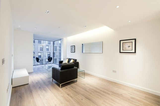 Thumbnail Flat to rent in Goodman's Fields, Cashmere House, Aldgate