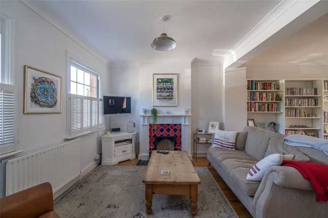 Living Room of Greys Road, Henley-On-Thames, Oxfordshire RG9