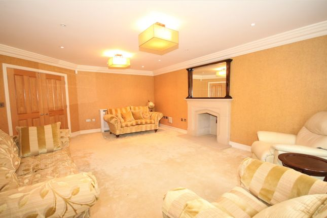 Thumbnail Detached house to rent in Court Road, Eltham, London