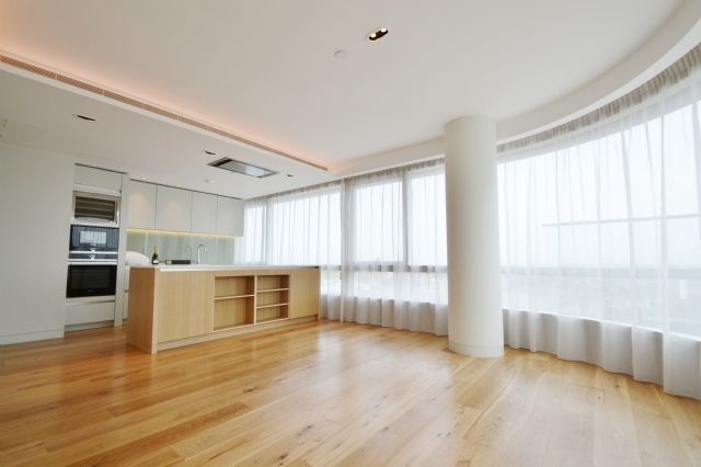 Thumbnail Flat to rent in Canaletto Tower, 257 City Road, Islington, London