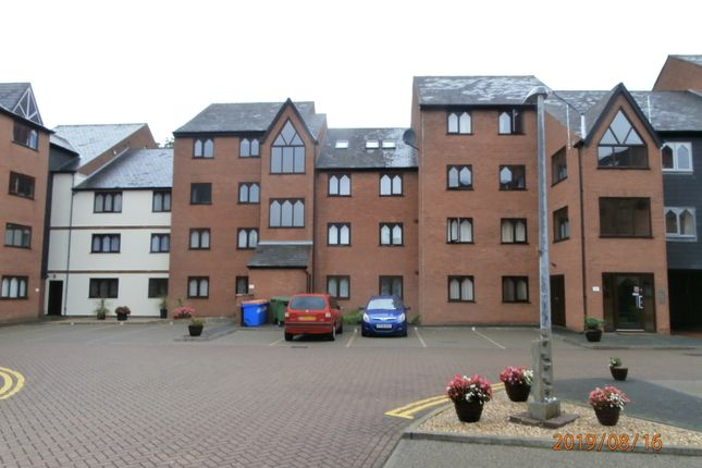 Thumbnail 2 bed flat to rent in Grosvenor Crescent, Grimsby