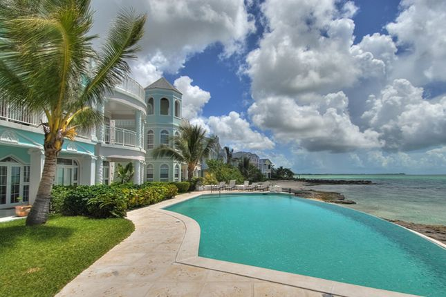 Apartment for sale in Royall Beach Estates, Phase 3, South Ocean, Nassau/New Providence, The Bahamas