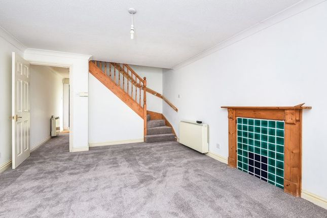 Thumbnail Terraced house to rent in Forest Close, Launton, Bicester