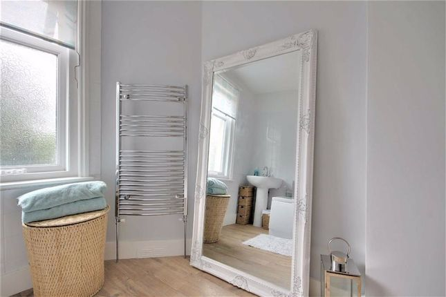 Bathroom of Penfold Road, Broadwater, Worthing, West Sussex BN14