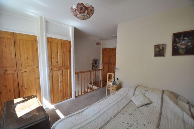 Bedroom of Coxmoor Close, Church Crookham, Fleet GU52