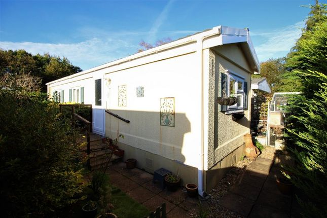 Thumbnail Mobile/park home for sale in Mytchett Farm Park, Mytchett R, Camberley