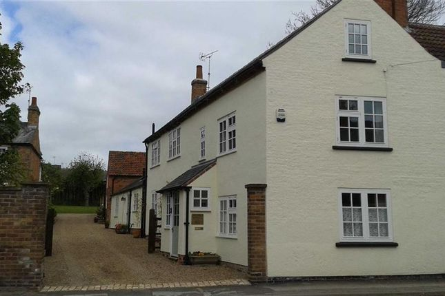 Thumbnail Cottage for sale in Westgate, Southwell, Nottinghamshire