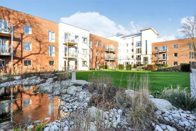Thumbnail Flat for sale in Elles House, Shotfield, Wallington, Surrey