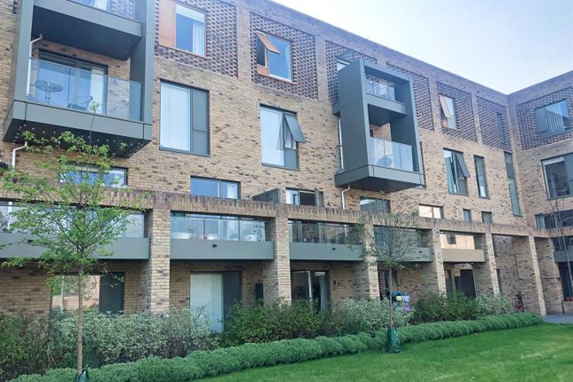 Thumbnail Flat for sale in Hobson Road, Trumpington, Cambridge