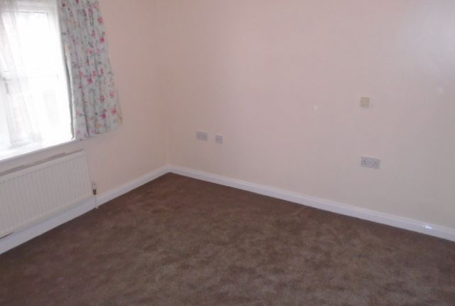 Bedroom 1 of Hallam Fields Road, Leicester LE4