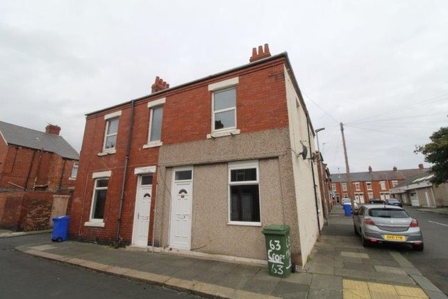 Thumbnail Flat to rent in Croft Road, Blyth