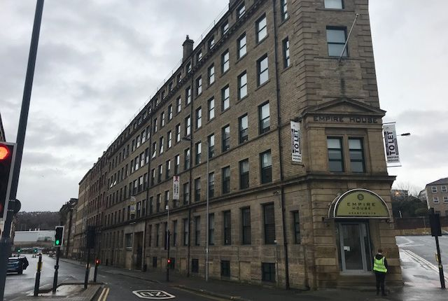 Thumbnail Office to let in Canal Road, Bradford