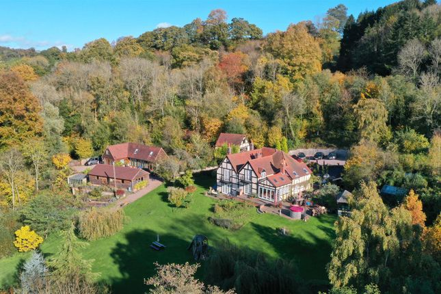 Thumbnail Country house for sale in Kingswood, Nr Martley, Worcestershire