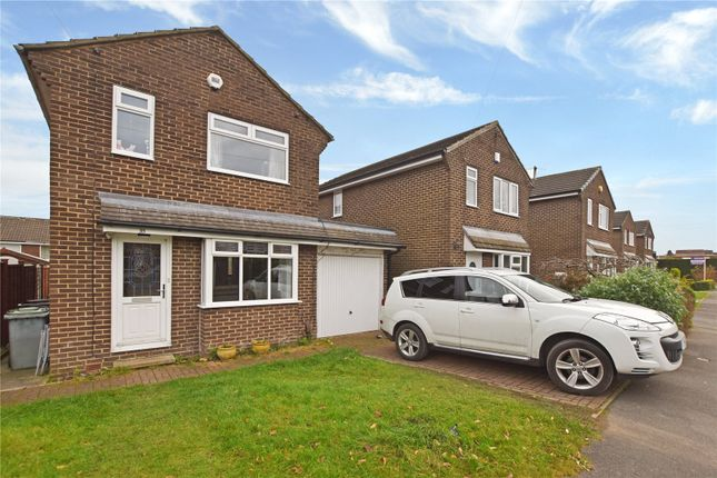 Picture No. 11 of Moorside Green, Drighlington, Bradford, West Yorkshire BD11