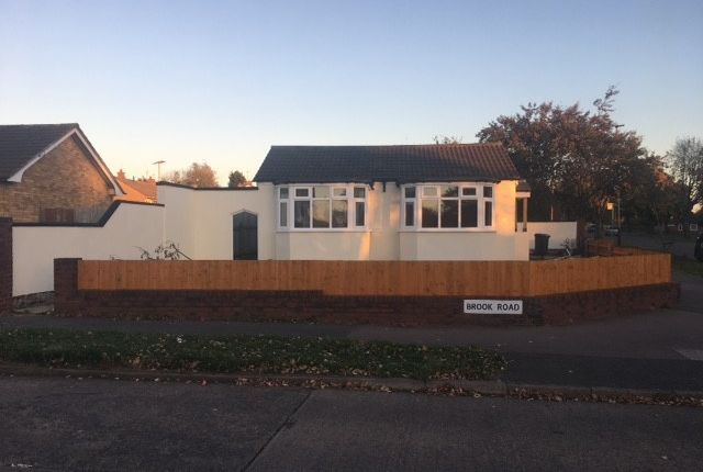 Thumbnail Bungalow to rent in Brook Road, Leicester
