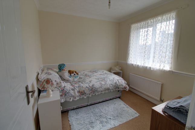 Bedroom 2 of Belmont Close, Kingsteignton, Newton Abbot TQ12