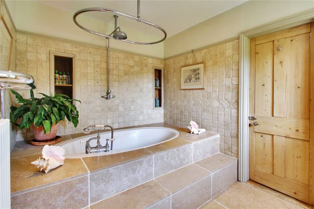 Master En Suite of Faircrouch Lane, Wadhurst, East Sussex TN5