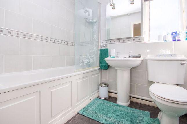 Bathroom of Aspen Walk, Totton, Southampton SO40