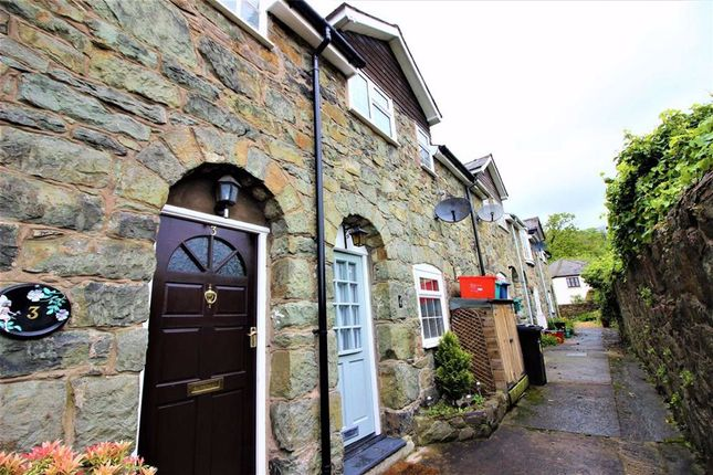 Thumbnail Terraced house for sale in 4, Mount Pleasant, Mount Street, Welshpool, Powys