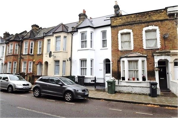 Thumbnail Flat to rent in Shakespeare Road, Brixton