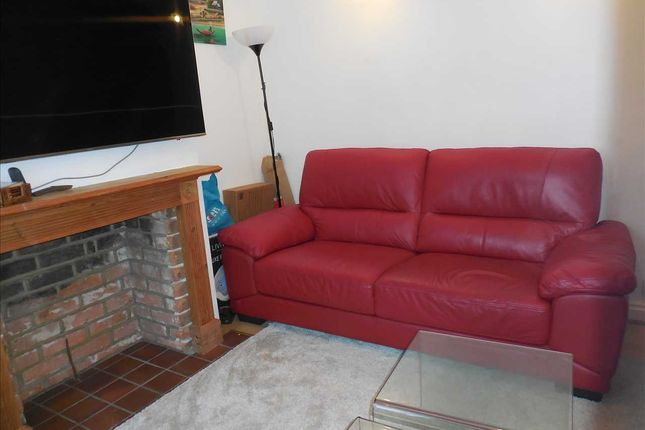 Living Room of Amity Road, Reading RG1