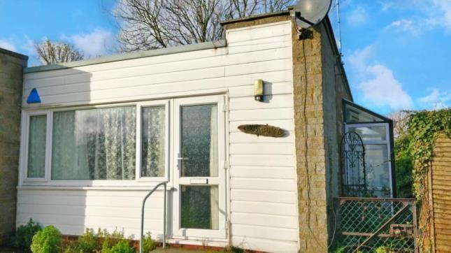 Picture No.12 of Sheppey Beach Villas, Manor Way, Leysdown-On-Sea, Sheerness ME12
