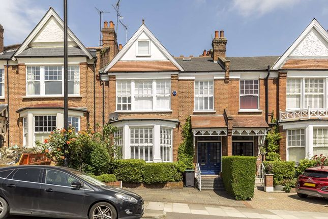 Thumbnail Property to rent in Alexandra Park Road, London