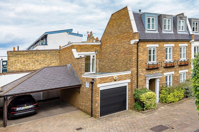 Thumbnail Property to rent in Rush Hill Mews, London