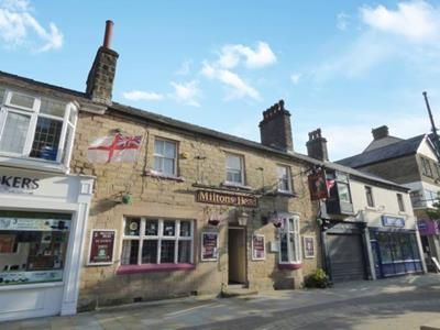 Thumbnail Pub/bar to let in Miltons Head, 63 Spring Gardens, Buxton, Derbyshire