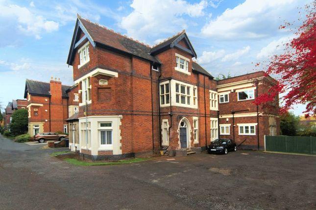 Flat in  Stockwell Road  Tettenhall  Wolverhampton  Birmingham