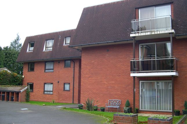 2 bed flat to rent in Danielle Court Manor Road, Solihull