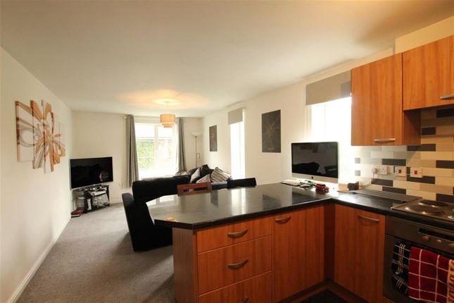 Thumbnail Flat to rent in Monument Close, York