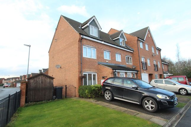 Thumbnail Town house for sale in Kingfisher Drive, Wombwell, Barnsley