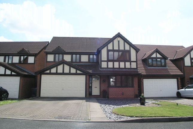 Thumbnail Detached house for sale in Dudley, Netherton, Monarch Way