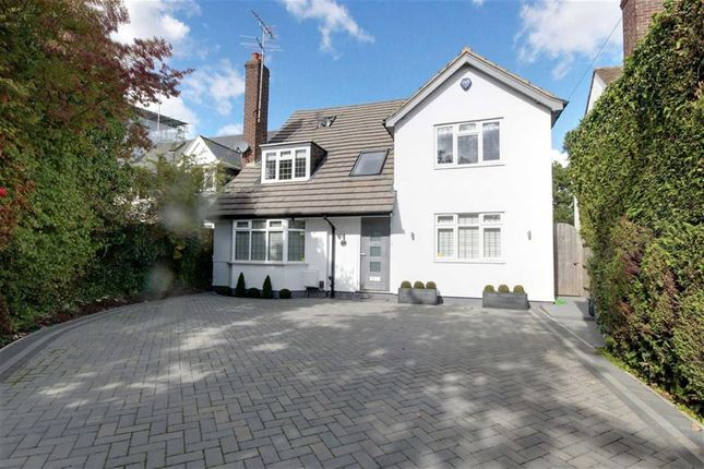 Thumbnail Detached house for sale in The Rise, Elstree, Herts