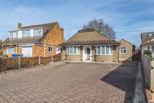 Thumbnail Detached bungalow for sale in Bell View Close, Windsor