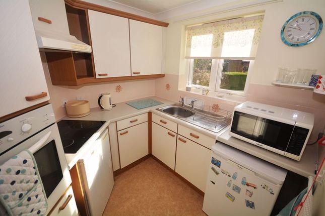 Kitchen of Chilcote Close, Torquay TQ1