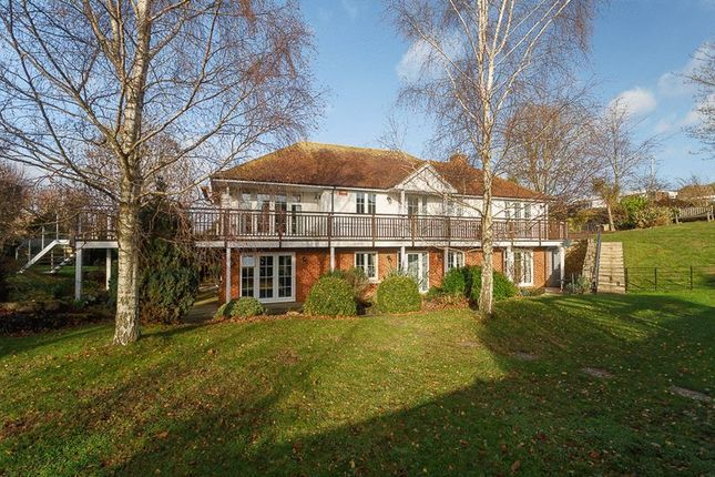Property of Cliff Road, Hythe CT21