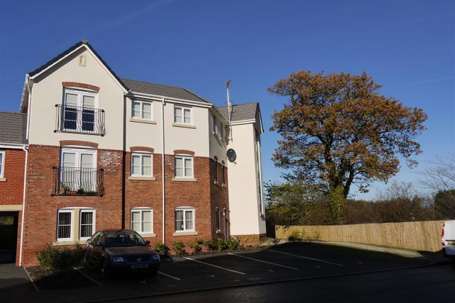 Thumbnail Flat to rent in Pendinas, Wrexham