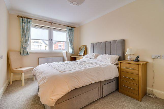 Bedroom of Cranleigh Drive, Leigh-On-Sea SS9