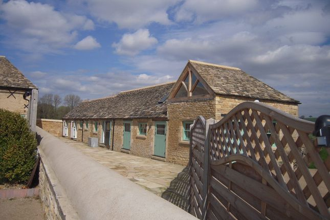Thumbnail Farmhouse to rent in Barrowden Road, Ketton