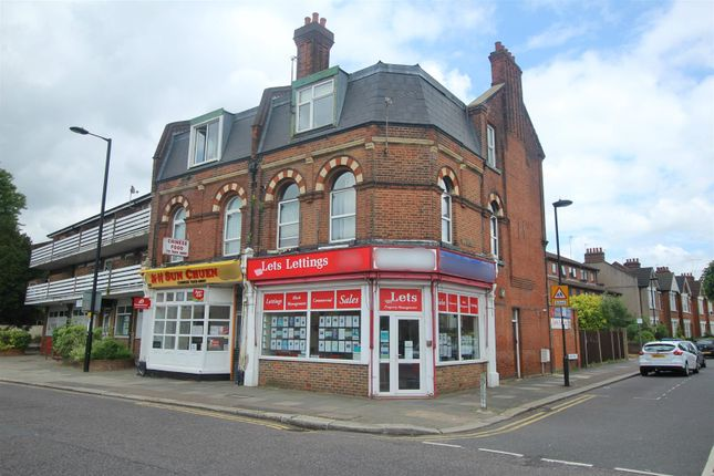 Thumbnail Flat for sale in Baker Street, Enfield, Middlesex