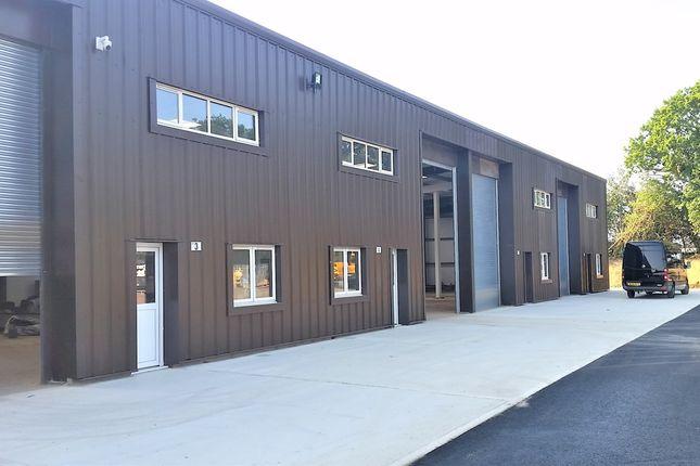 Thumbnail Warehouse to let in Wrotham Road, Borough Green, Sevenoaks