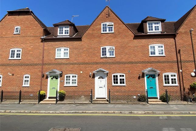 3 bed terraced house for sale in Station Road, Marlow SL7