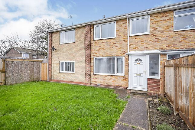 5 bed semi-detached house for sale in Jendale, Hull, East Yorkshire HU7