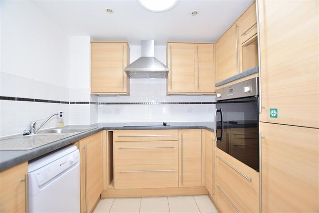 Thumbnail Flat for sale in Brighton Road, Horsham, West Sussex