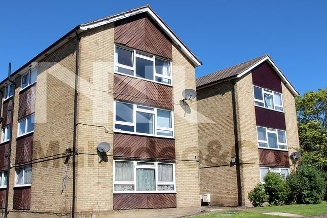 Thumbnail Flat to rent in Red Lion Road, Tolworth Surbiton