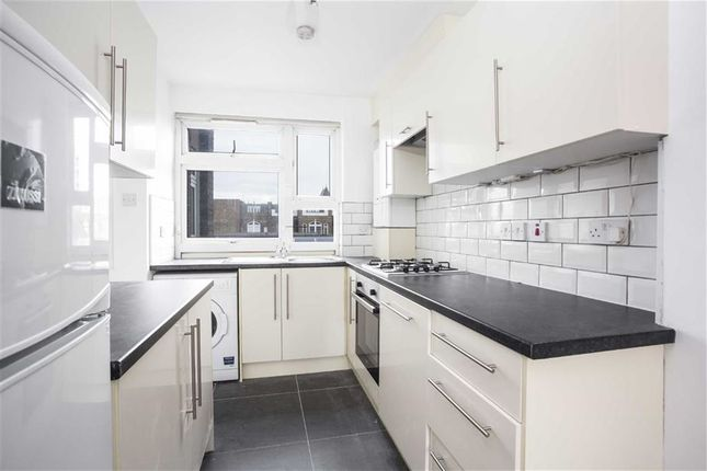Thumbnail Flat to rent in Mansford Street, Bethnal Green, London