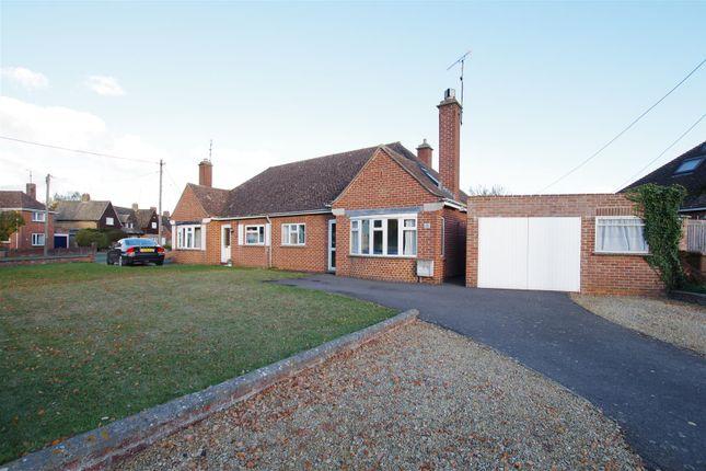 Thumbnail Semi-detached bungalow to rent in Fairthorne Way, Shrivenham, Swindon